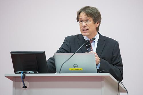 Grußworte von Michael Scheffel (Prorektor der Bergischen Universität Wuppertal).