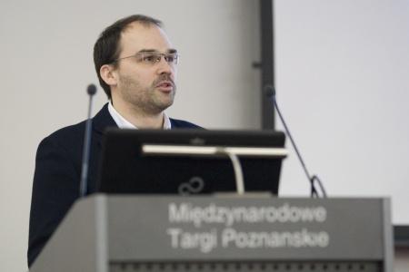 Andreas Römpp beim Vortrag über seine Arbeit.