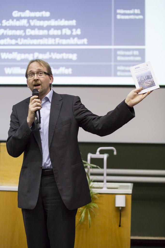 Grußworte von Enrico Schleiff (Vizepräsident der Goethe-Universität Frankfurt).
