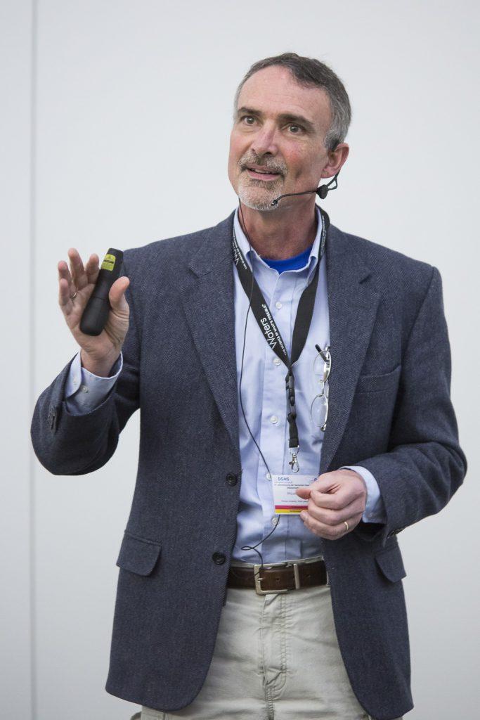 Scott McLuckey (Purdue University, West Lafayette, IN) spricht über praktische Anwendung von Ionenchemie in der Gasphase.