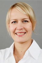 Dr. Maria Riedner