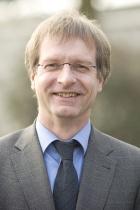 Prof. Dr. B. Spengler