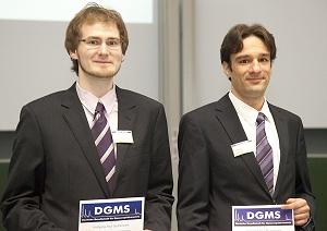 Bild: Wolfgang-Paul-Preise für Dissertationen erhielten Nico Zinn (links) und Patrick Oßwald. Bild: Peter Lutz für ISAS